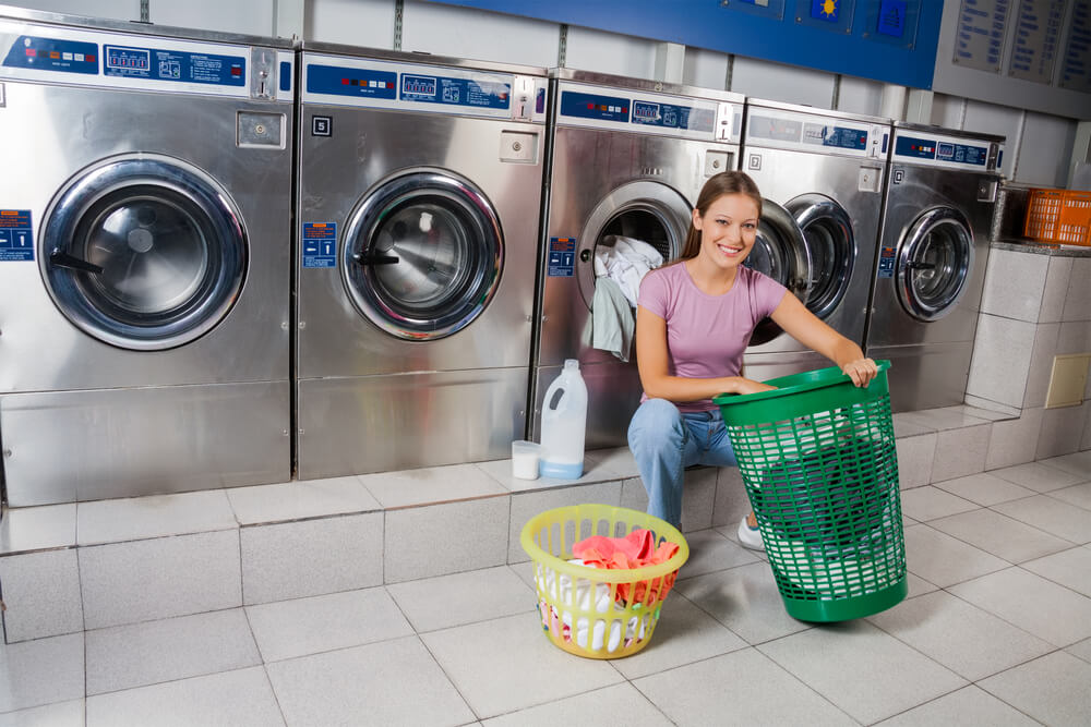 coin laundry room leasing